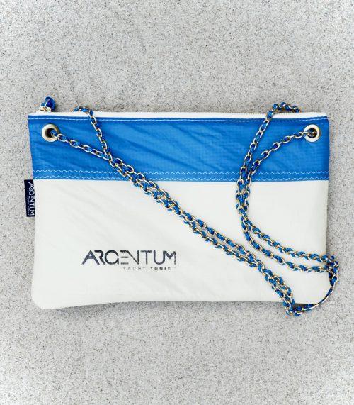 Chain bag blue & creamy 2