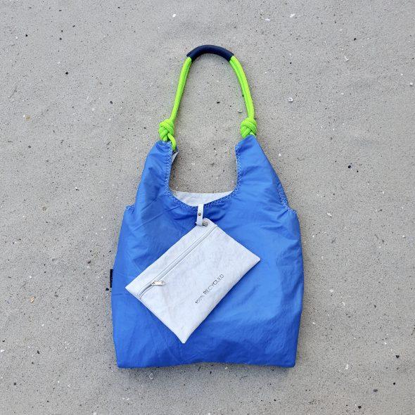 niebieska fluo torebka seashopper torebka z żagli z recyclingu
